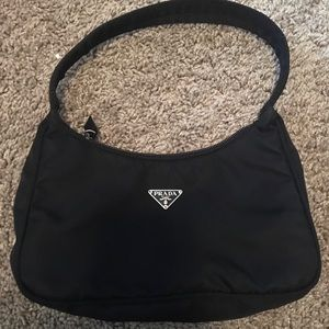 Prada bag for sale!